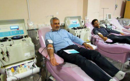 #ایثار_ادامه_دارد استقبال کارکنان صداو سیما مرکز یزد به پویش نذر خون با اهدای پلاسما